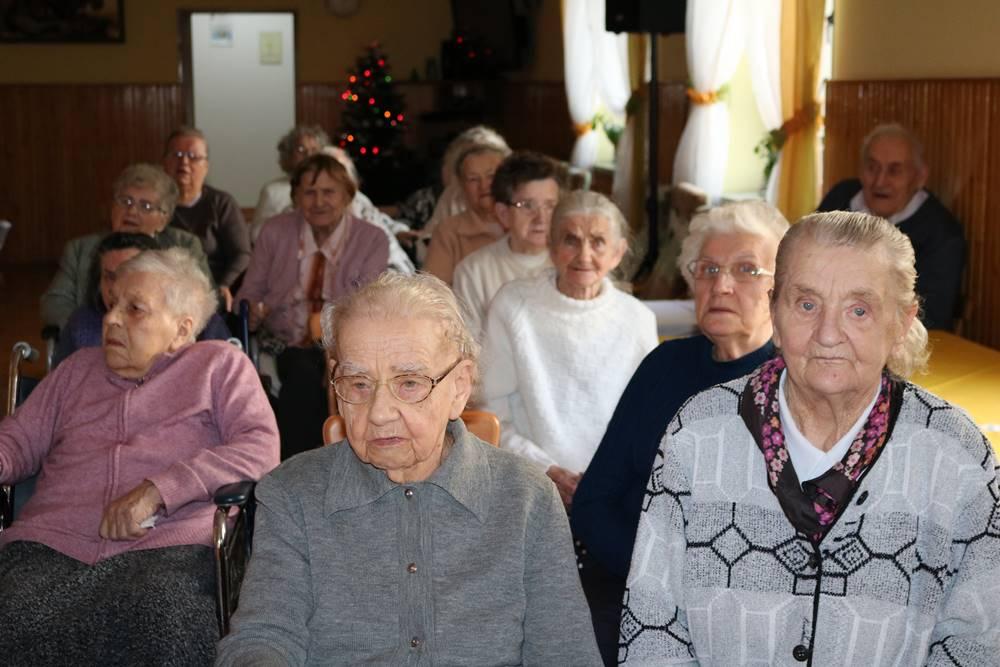 Jezusa Narodzonego wszyscy witajmy… wraz z grupą z Kielanowic
